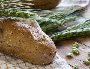 chleb-zrni-velky