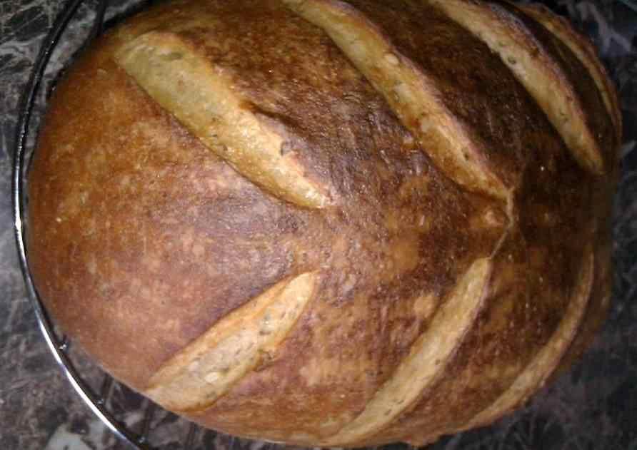 Bramborovo-pšenično-žitný chleba