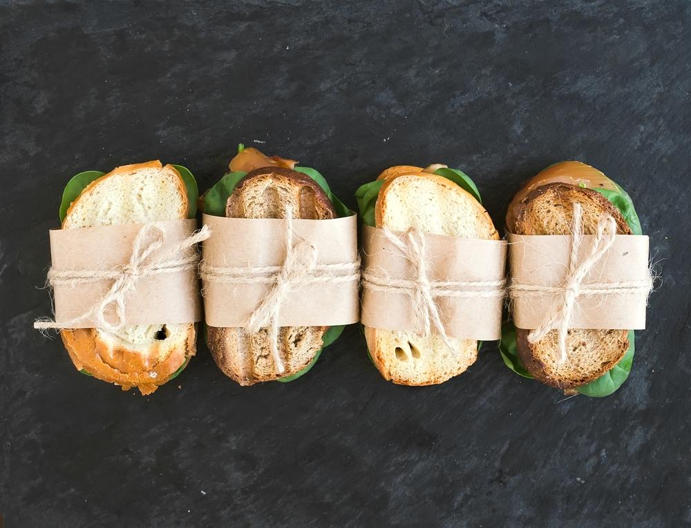 Svačina, pečivo, chléb, bylinky