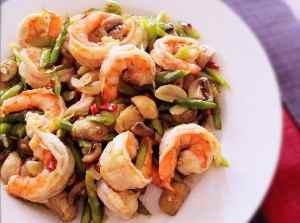 Žampionovo-krevetový salát