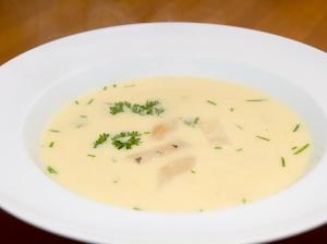 Polévka z černého kořene