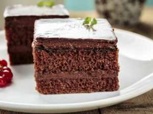 Čokoládový cuketový koláč