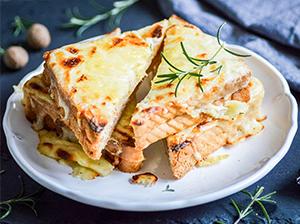 Francouzský sýrový sendvič – Croque-Monsieur