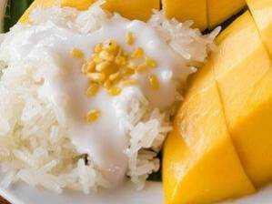 Lepkavá rýže s mangem