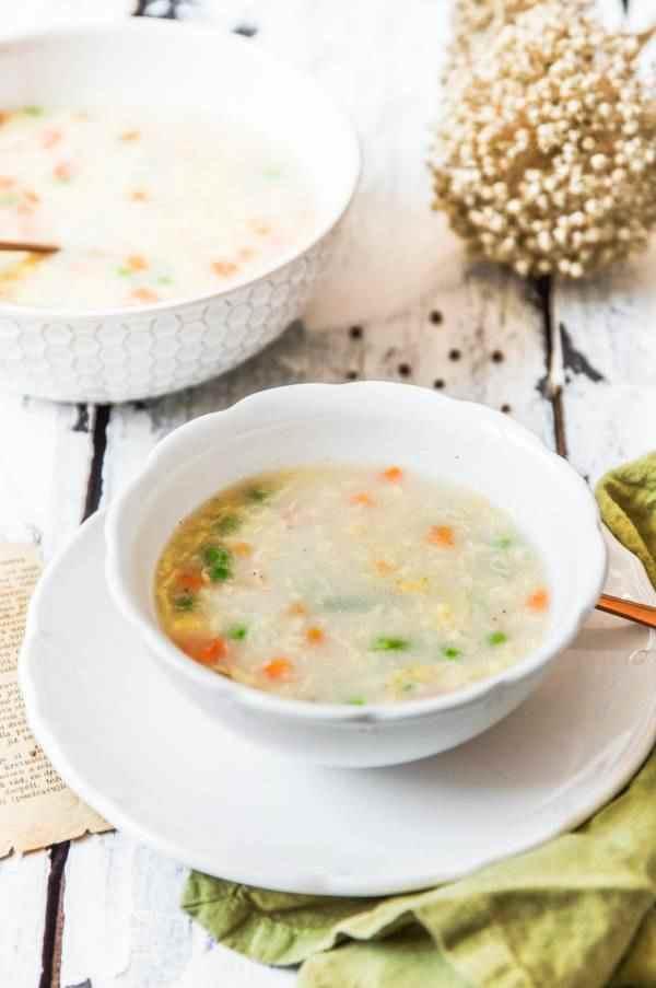 Krupičná polévka se zeleninou