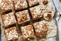 Ovesné vločky v kuchyni: Křupavé sušenky, nebo lahodná buchta?